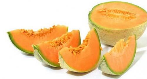 Salute, 5 motivi per mangiare il melone: proprietà e benefici